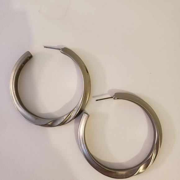 Kenneth Jay lane silver pierced hoop earrings